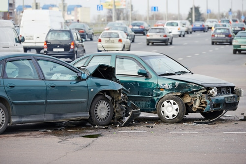 Minimize Dangerous Situations After a Car Crash with These Tips