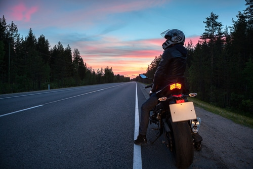 7 Ways to Minimize Risk of a Nighttime Motorcycle Accident
