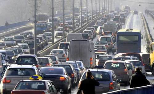 9 Driving Tips to Make it Through the Commute Safely
